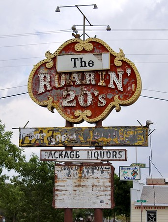 Roaring 20's sign along Route 66 (2018)