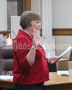 Robin Batz is sworn in as the new Calhoun County auditor Jan. 3. GRAPHIC-ADVOCATE PHOTO/ERIN SOMMERS
