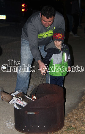 Smores were one of the treats available Saturday night in Lake City during the annual Christmas celebration. GRAPHIC-ADVOCATE PHOTO/ERIN SOMMERS