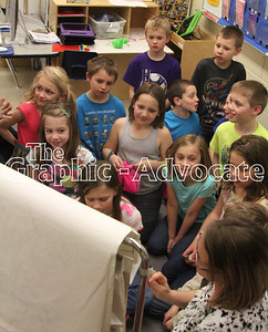 South Central Calhoun Elementary School students work on a lesson March 22. GRAPHIC-ADVOCATE PHOTO/ERIN SOMMERS