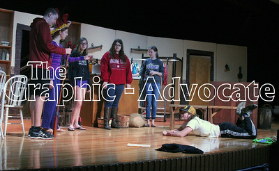 """South Central Calhoun High School students will present """"Hollywood Hillbillies"""" Friday and Saturday. GRAPHIC-ADVOCATE PHOTO/ERIN SOMMERS"""