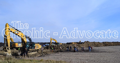 Protesters approach a Dakota Access construction site Saturday afternoon. GRAPHIC-ADVOCATE PHOTO/ERIN SOMMERS