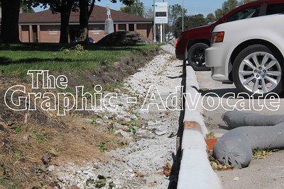 Exposed gravel is seen on the east side of the Calhoun County courthouse. The area will be paved to become a sidewalk. GRAPHIC-ADVOCATE PHOTO/ERIN SOMMERS
