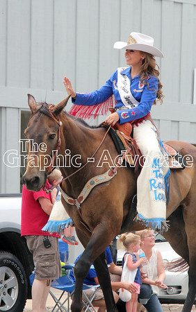 The 2016 Rodeo Queen waves to paradegoers Saturday afternoon in Lake City. GRAPHIC-ADVOCATE PHOTO/ERIN SOMMERS