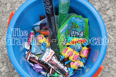 Paradegoers picked up plenty of candy during the Western Days parade in Lake City. GRAPHIC-ADVOCATE PHOTO/ERIN SOMMERS