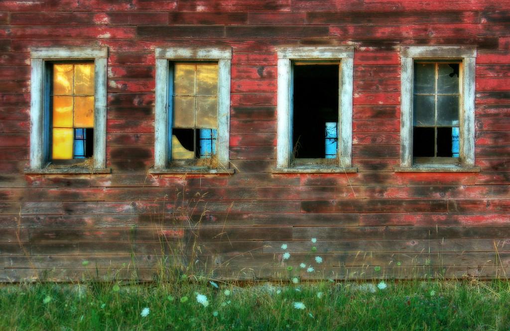 Sunset barn Windows