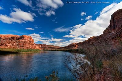 Colorado River in Moab,Utah (HDR)
