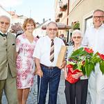 Zur Diamanthochzeit von Erwin und Elfriede Strasik gratulierten die Gemeinderäte Franz Ofner und Heidegund Niederer sowie Bürgermeister Thomas Widrich.<br /> Foto: Stadt Melk / Gleiß
