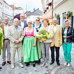 Bei den Gemeindegratulationen im Melker Rathauskeller im Juli: Gemeinderätin Heidegund Niederer (v. l.), Wolfgang Barborik, Franz Barborik (90), Bürgermeister Thomas Widrich, Hedwig Aichinger (80), Edith Özelt, Margarete Leichtfried (75), Herbert Sippl (75), Ingeborg Leichtfried und Gemeinderat Helmut Grünberger. <br /> Foto: Stadt Melk / Gleiß