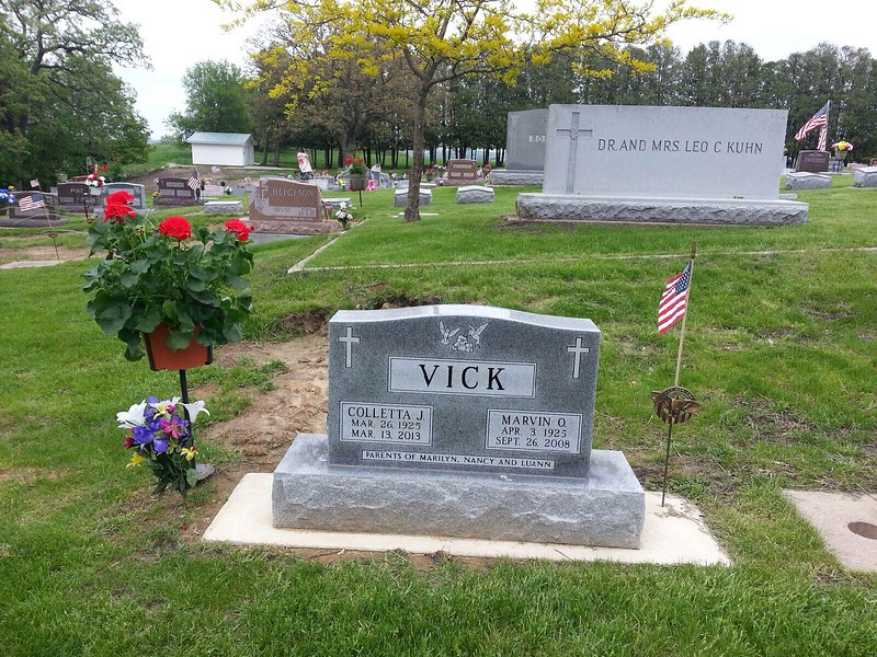 Gravesite in Decorah