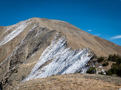 We head up the final summit ridge.