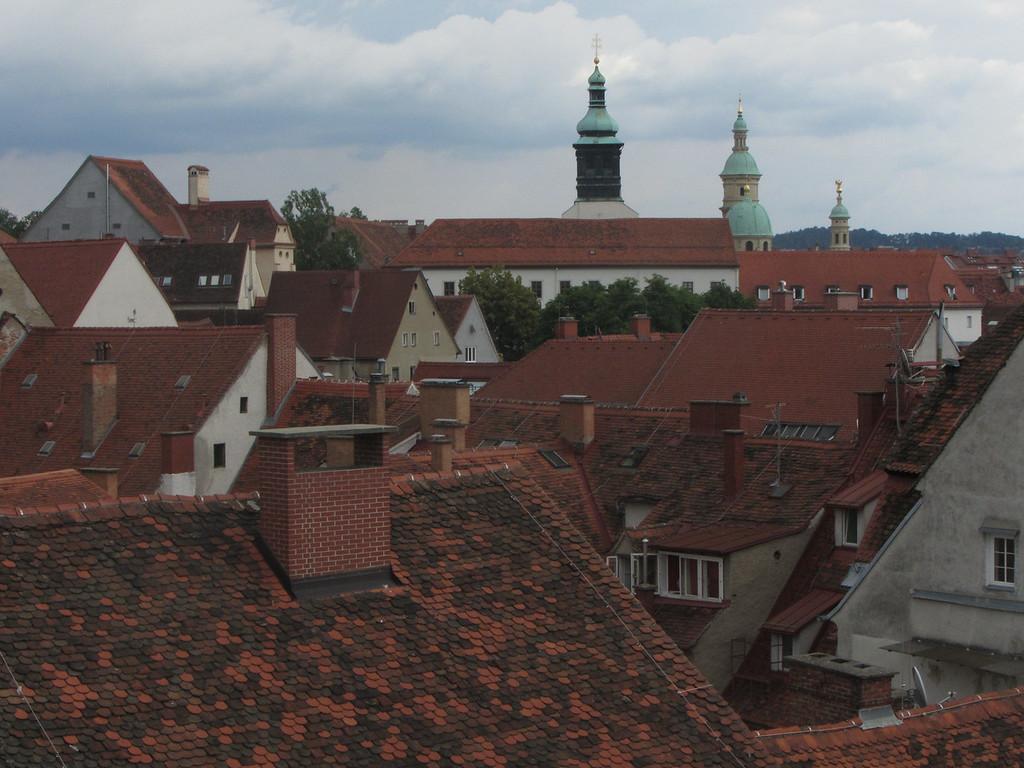 Blick auf den Dom und das Mausoleum