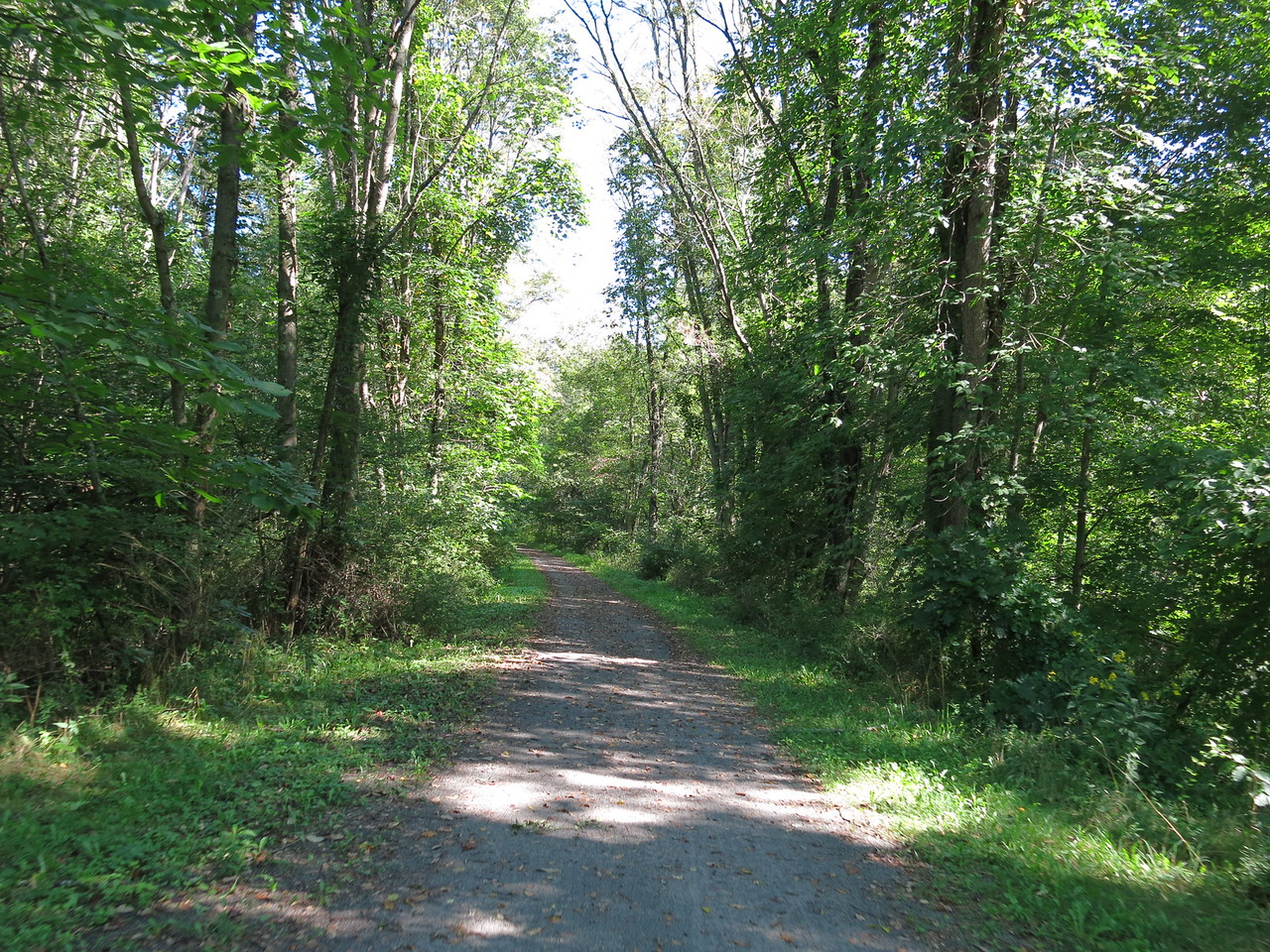 The trail heading south from Confluence towards Rockwood