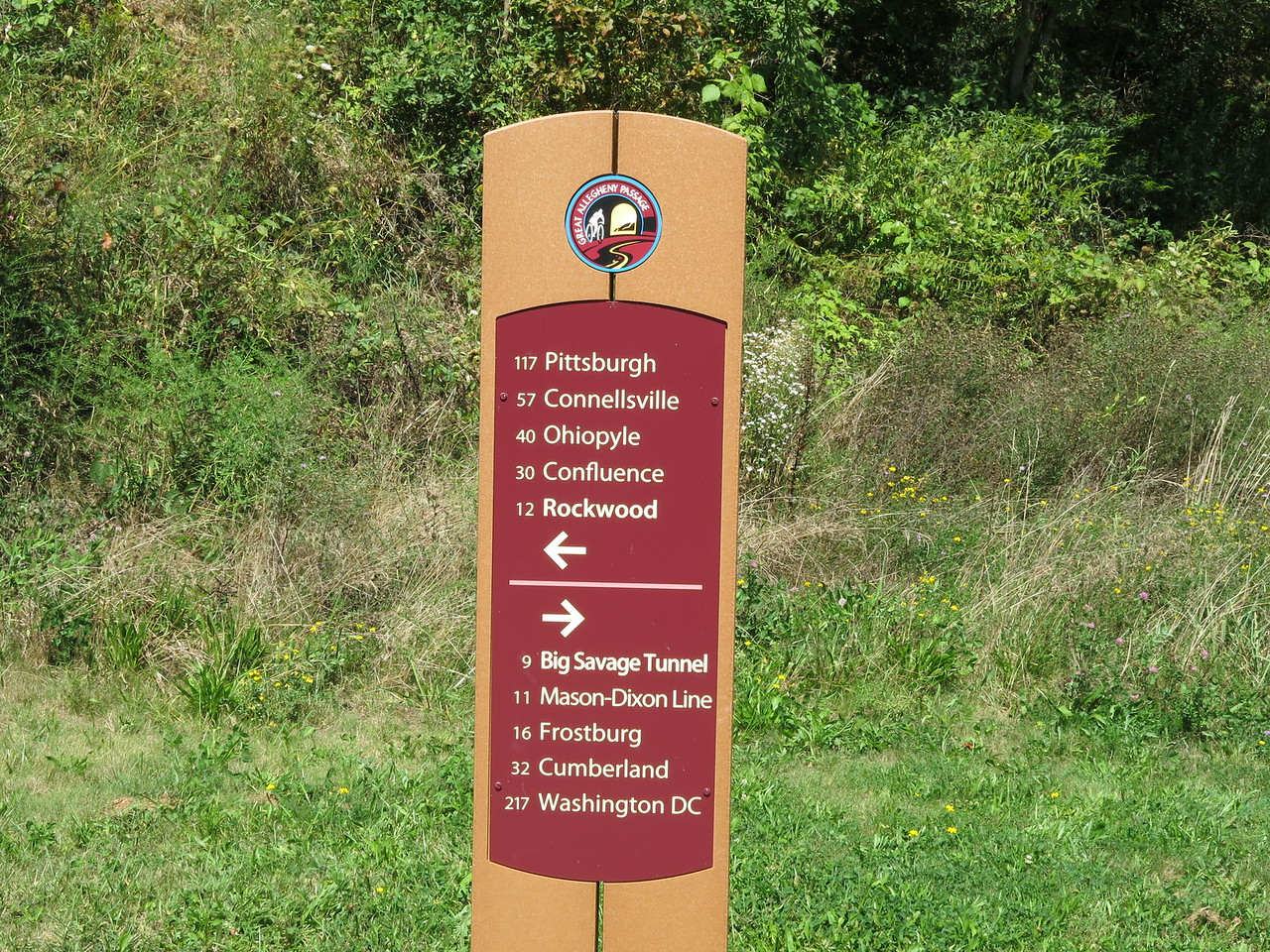 Mileage sign at Meyersdale, MP 32