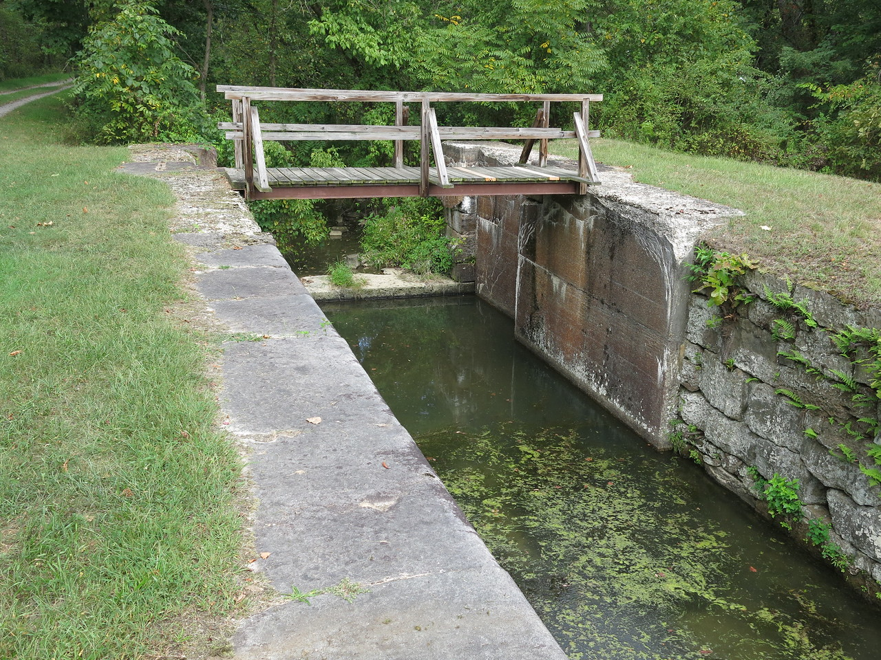 Lock 71 at MP 167 looking upstream