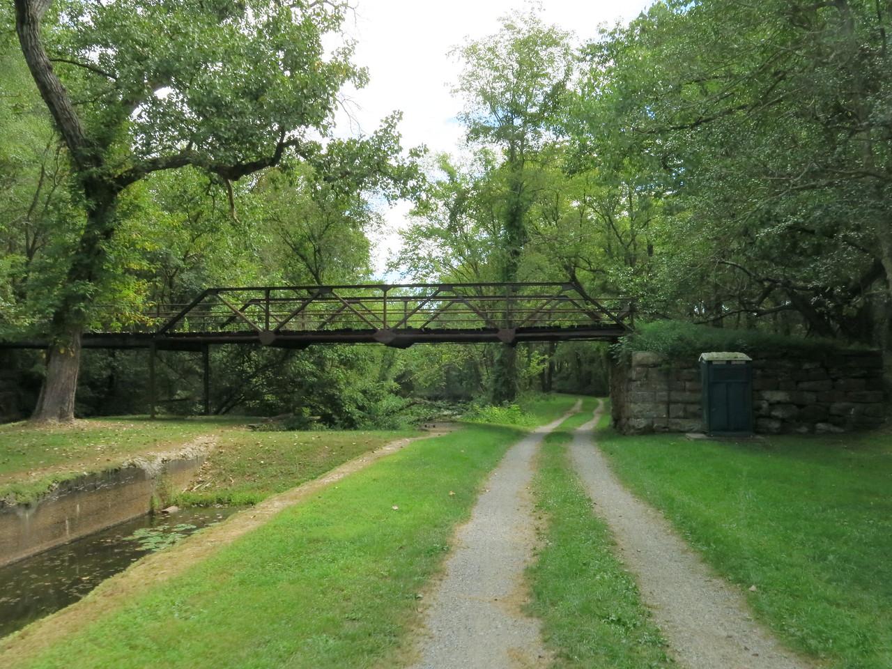 The bridge at Lock 68
