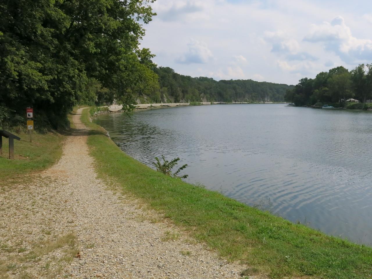 Towpath along the Potomac at Big Slackwater in downstream view