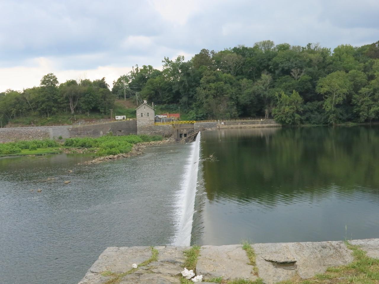 Dam 4 at MP 84.4