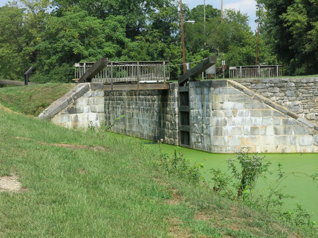 Downstream gate at Lock 44