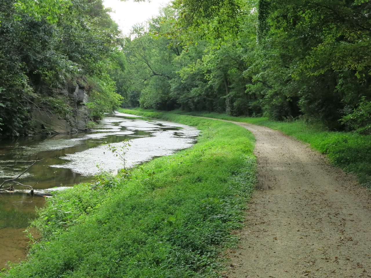 Canal and towpath between Lock 22 and Lock 21 at about MP 19