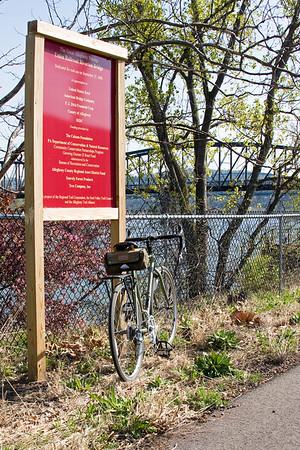 Riverton Bridge and dedication sign, April 2010