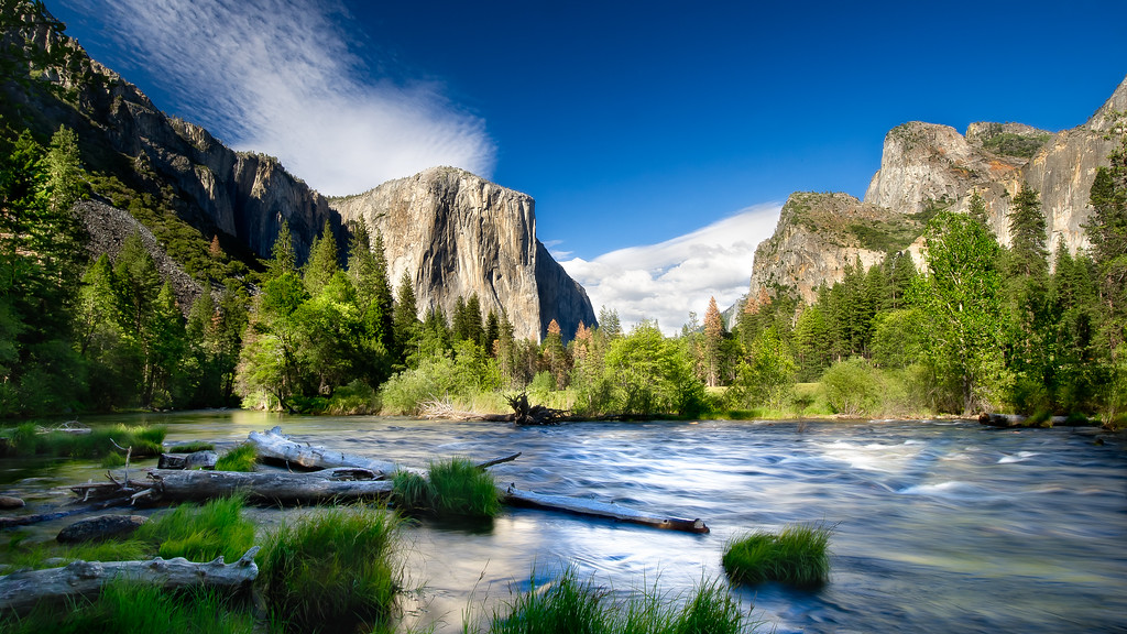 El Capitan; Merced River; Valley View; Yosemite National Park; California; USA