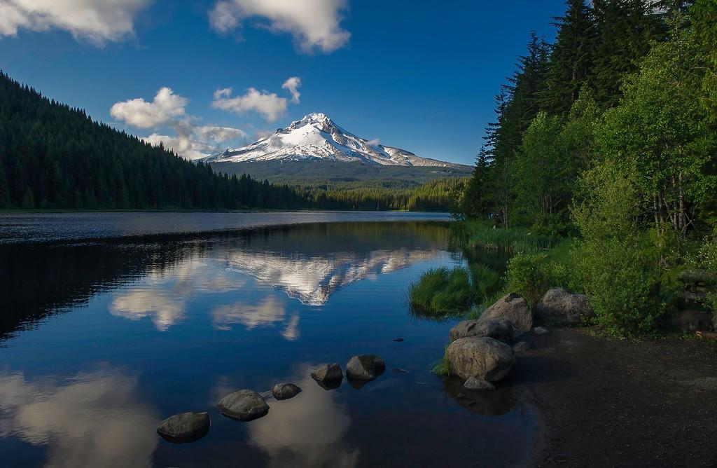 Mount Hood; Lake Trillium; Oregon; USA