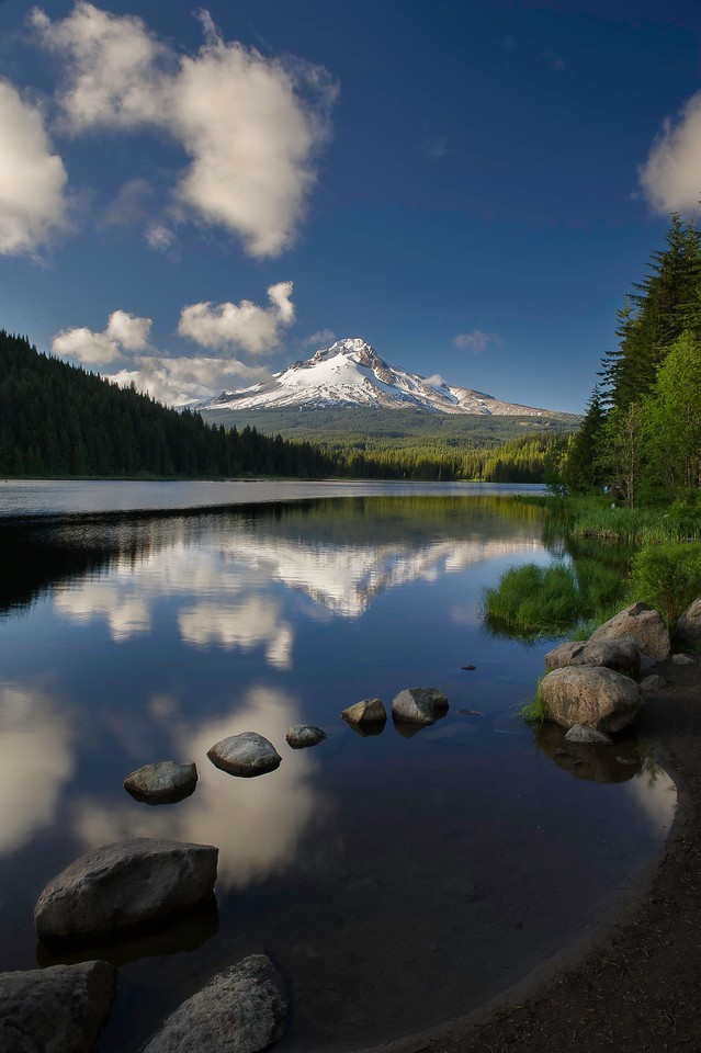Mount Hood; Lake Trillium; Oregon; USA