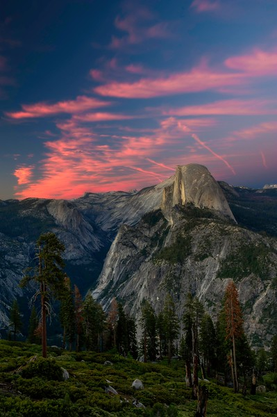 Half Dome; Glacier Point; Yosemite National Park; California; USA