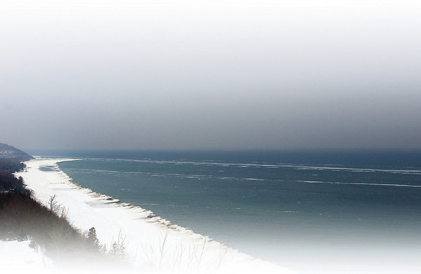 Record-Eagle/Douglas Tesner<br /> Arcadia Bluff overlooking Lake Michigan.