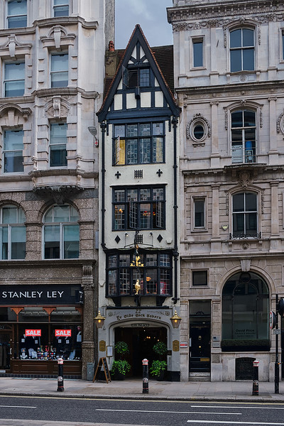Old Building on Fleet Street