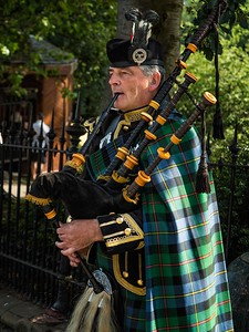 Kemmerer___A Bagpiper in Edinburgh