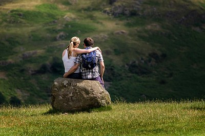 Richards___Young English Love on a Rock
