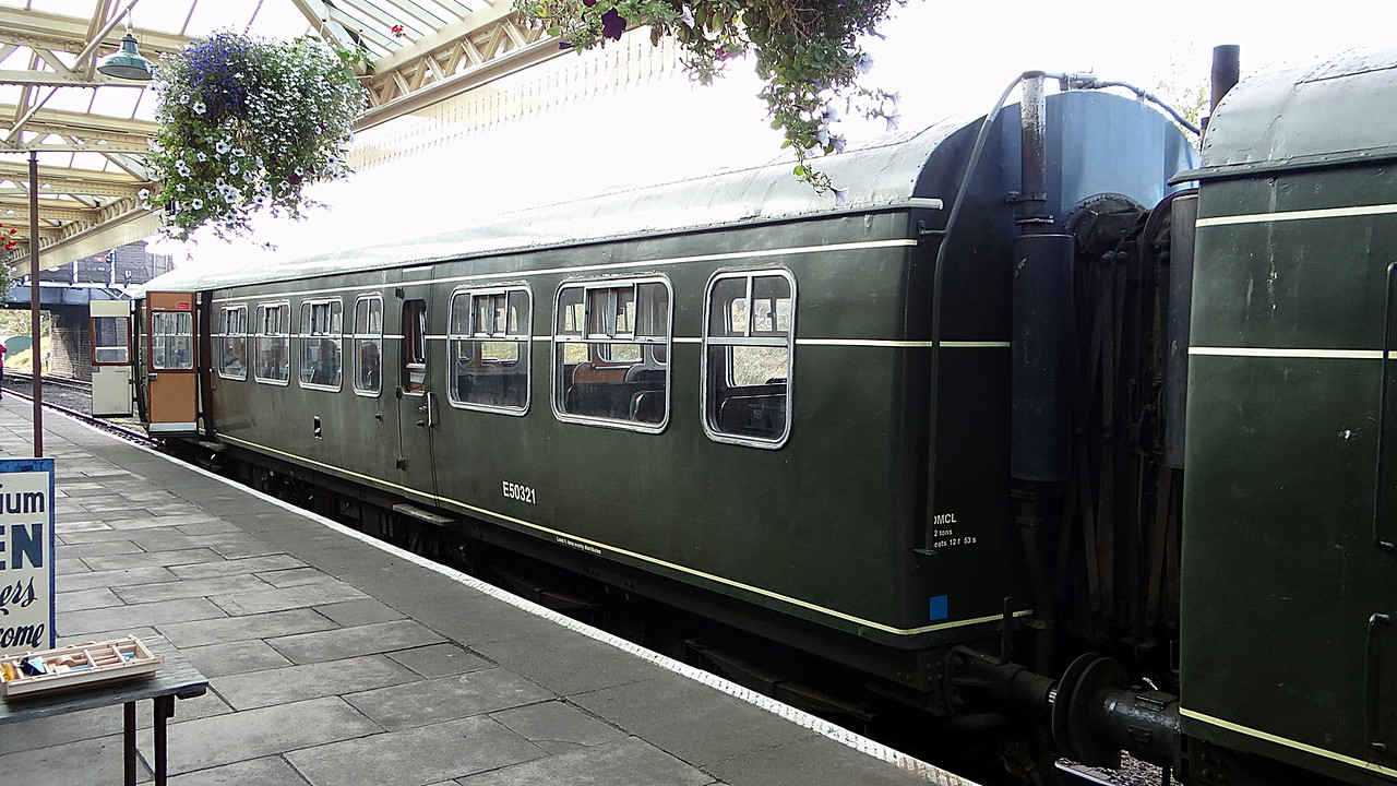 BR 50321 Class 101 DMU: Driving Motor Composite 20,10,2012