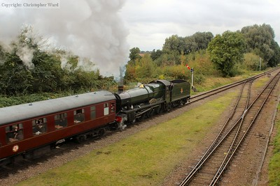 6990 pulls away from Quorn with a service for Loughborough
