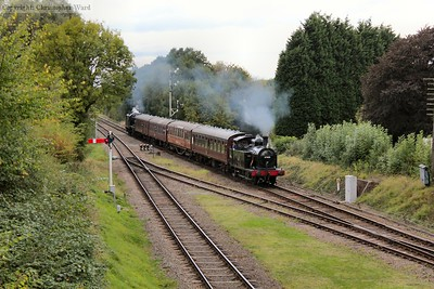The Jinty (with assistance from the 8F) approaches Quorn