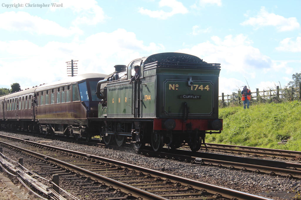 1744 returns from Leicester North