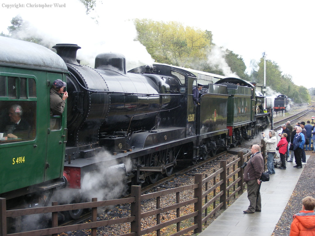 The...er...classic S&D pairing of ex-GCR O4 and ex-GWR Hall