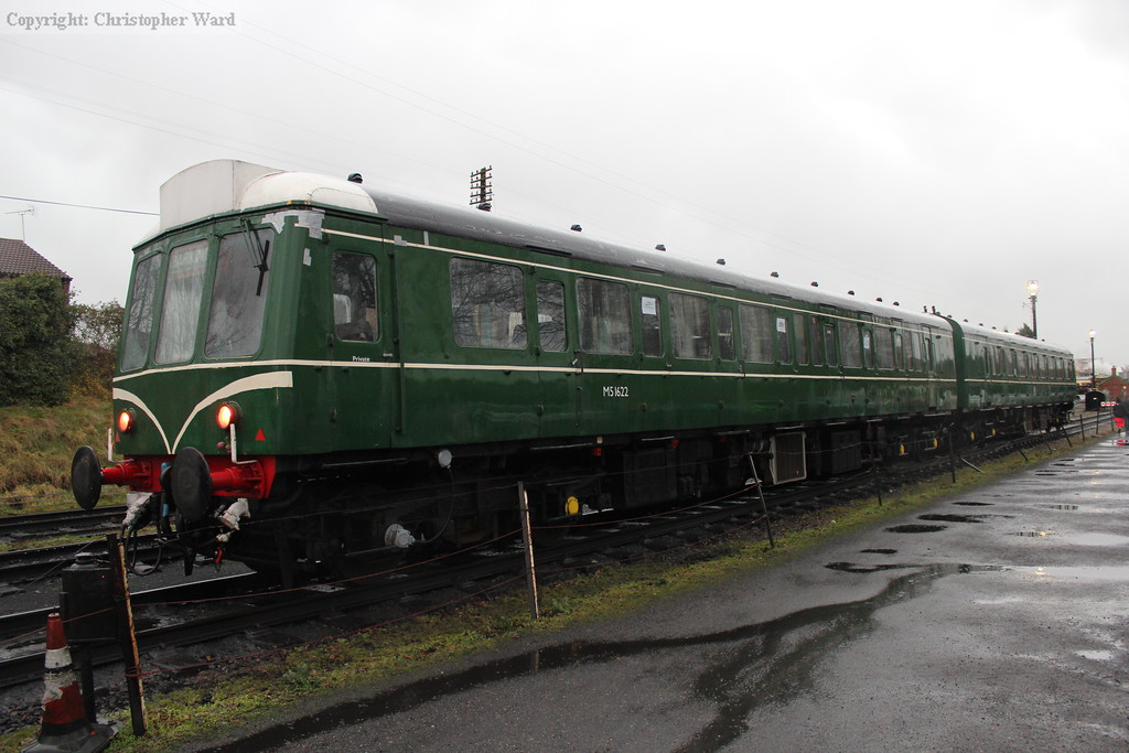 The DMU sits in the headshunt awaiting the next service