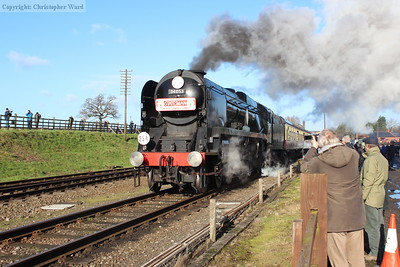 34053 Sir Keith Park gets away from the Quorn stop with a Leicester North working