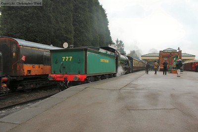 The local set arrives from Rothley behind Sir Lamiel