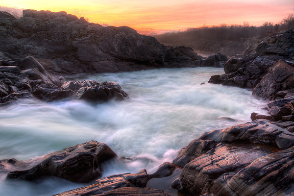 Clear Sunrise at Great Falls Park