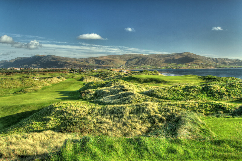 Looking across the dunes toward the town of Waterville, #17 green on the right side.