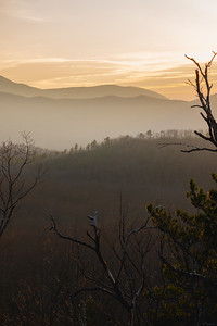 foggy sunset over the great smoky mountains national park