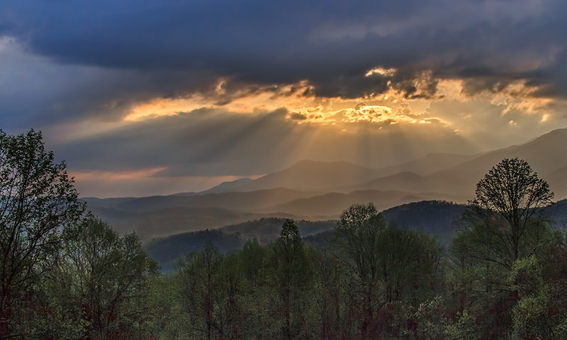 Smoky Mountain Daybreak