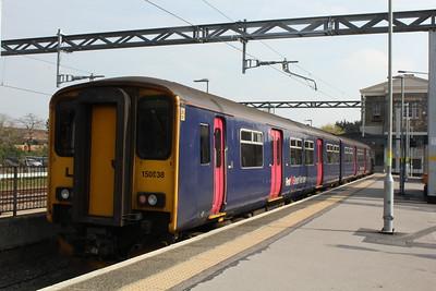 150 238, Swindon Station