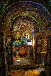 Little_chapel_interior_D3S2591