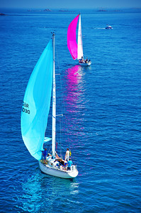2 sailboats racing - Guernsey - Channel Islands