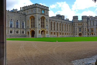 Windsor_Castle_Interior_Courtyard_DSC2204