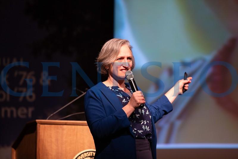 Dr. Stephanie Singer